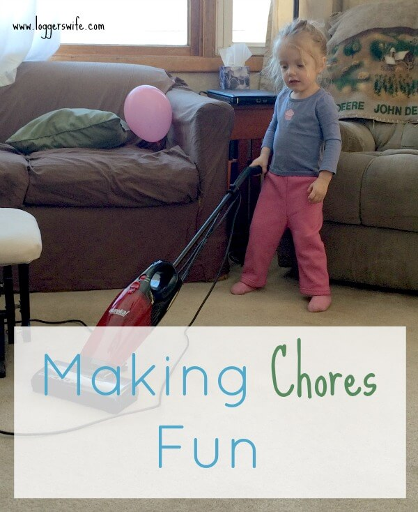 Do you ever feel guilty for cleaning instead of playing? Or for playing instead of cleaning? Here are som great ways that you can combine to the two and make chores fun for you and your kids!