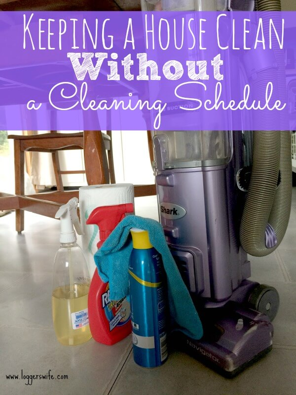 Keeping your house clean doesn't need to involve a cleaning schedule or a lot of time. Follow these two easy tips to only spend 20 minutes a day cleaning!