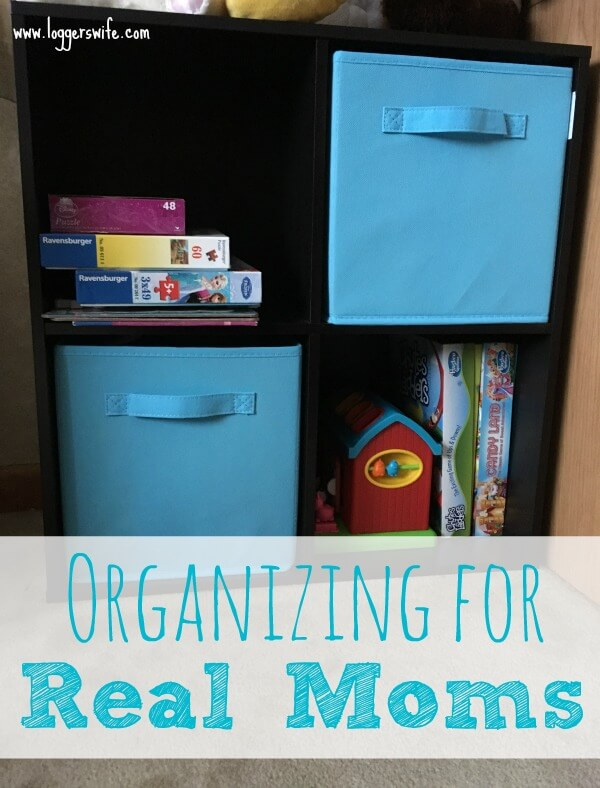 Organizing doesn't have to be a big, daunting, or expensive task. Follow these tips on organizing for real moms to make it a breeze!